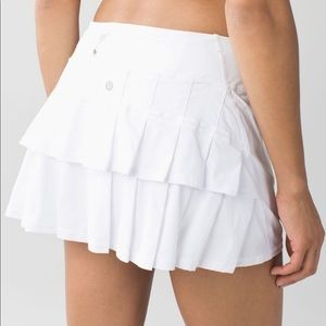 Lululemon white tennis skirt